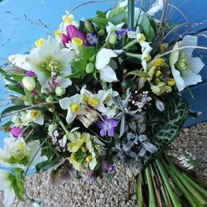 Camomile Cornflowers Bouquet Large Winter